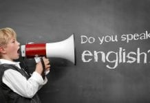 Learn English with Videos! mobil uygulama